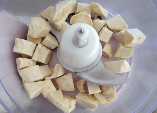 «Безопасней» всего переработать сырье в кухонном комбайне или блендером