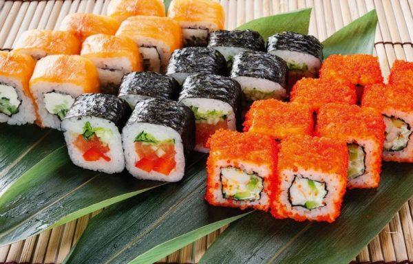 Стоит учитывать сроки хранения соусов, подающихся к роллам и суши