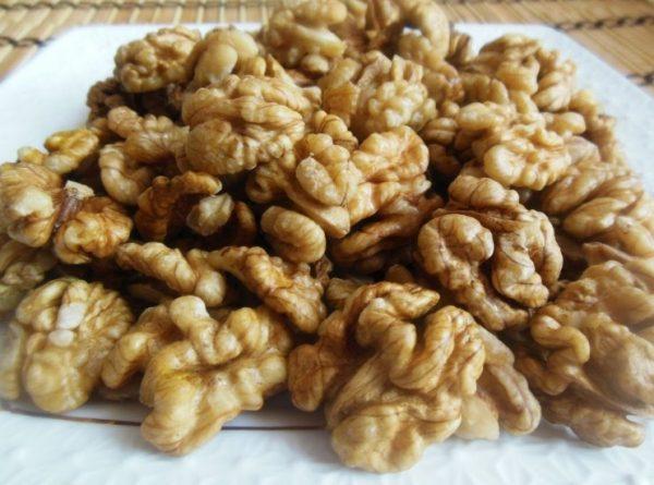 Если собрать орехи раньше, они станут морщинистыми