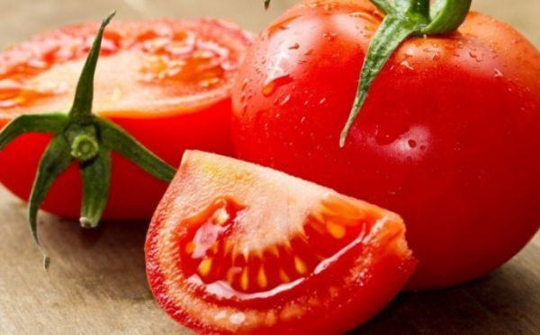 Сбережение помидор в бумаге подходит для зеленых и розовых плодов