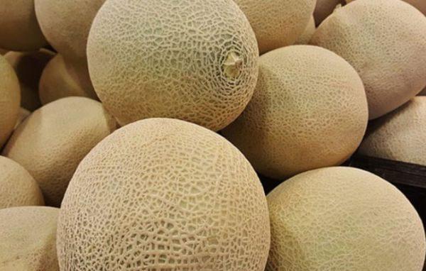 Существуют хитрости, позволяющие избежать порчи фрукта и сохранить его максимально долго