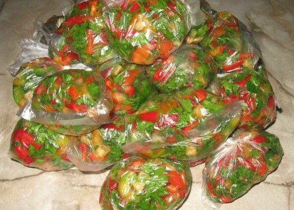 В овощном отсеке холодильника продукт сохранится в течение трех месяцев и более