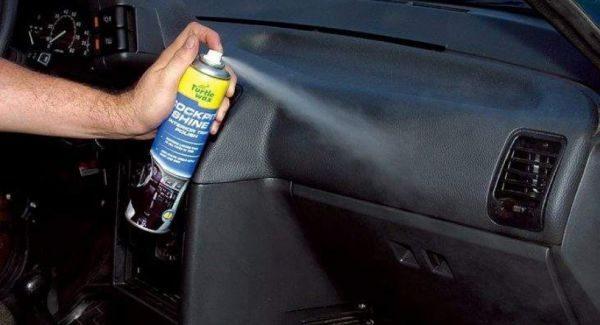 Средства, удаляющие царапины на автомобиле, продаются в торговых точках