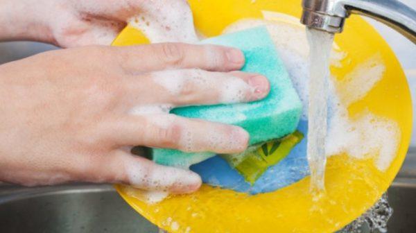 В остальных случаях для поддержания посуды в чистоте достаточно обычных средств