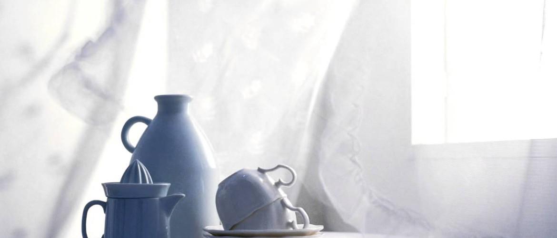 Как постирать кухонные занавески