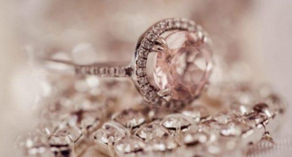 Почистить золото с бриллиантами легко своими силами дома