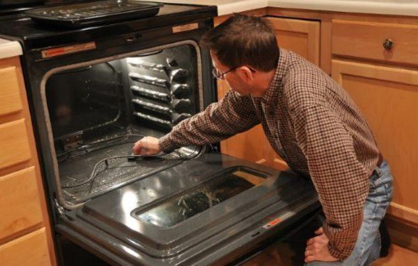 Избавление от загрязнений с помощью горячего пара эффективно только для свежих пятен