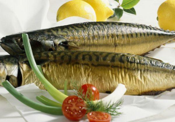 Копченую рыбу нужно хранить в холодильнике