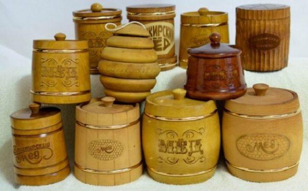 Деревянные бочонки отличный вариант для хранения меда