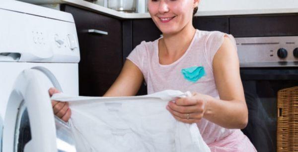 Чтобы отбелить блузку в домашних условиях, необходимы простые подручные средства домашнего обихода