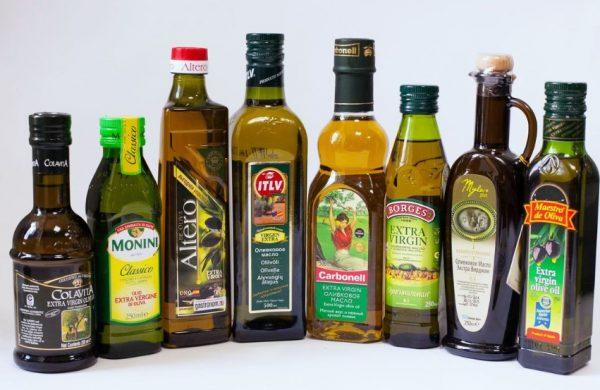 Вскрытие бутылки с маслом из оливок укорачивает время сохранност