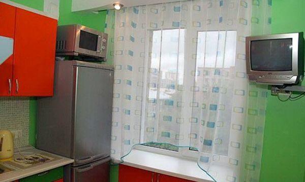Микроволновку на холодильник можно ставить