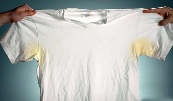 Как отстирать желтые пятна на подмышках на белом: 5 эффективных способа
