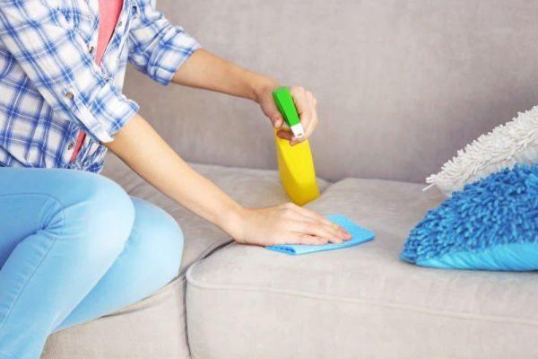 Как удалить с дивана грязные пятна