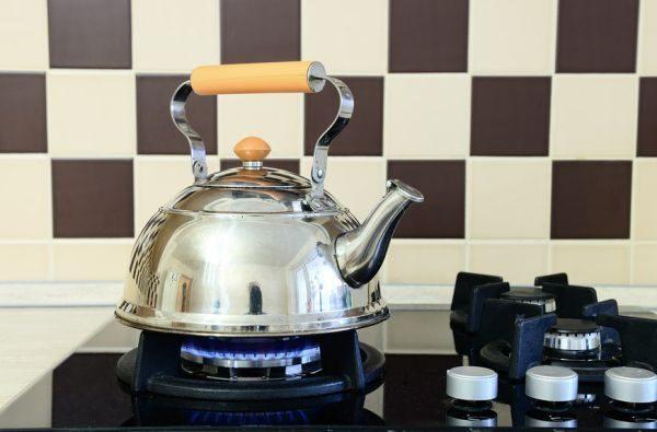 Чем отмыть чайник из нержавейки снаружи