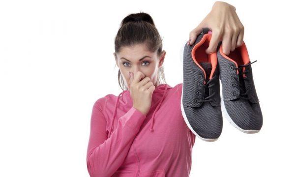 Как убрать запах из обуви: эффективные способы, что делать, чтобы обувь не пахла