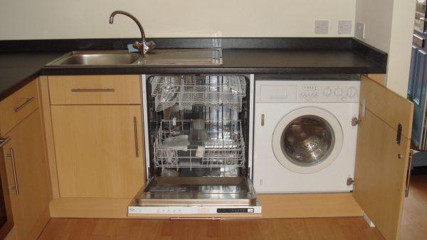 4 варианта встраивания посудомоечной машины в кухню