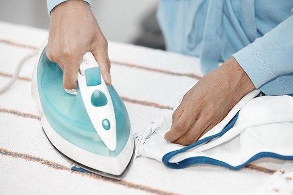 Как удалить жвачку с одежды: горячие методы