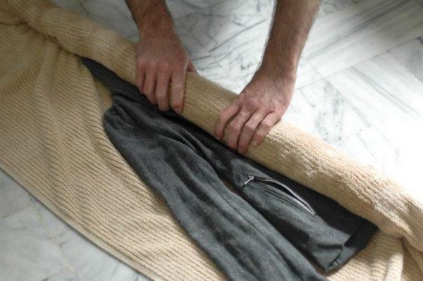 Как стирать и сушить шерстяные вещи правильно?