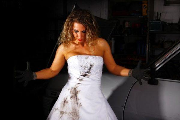Как самой вручную постирать свадебное платье?