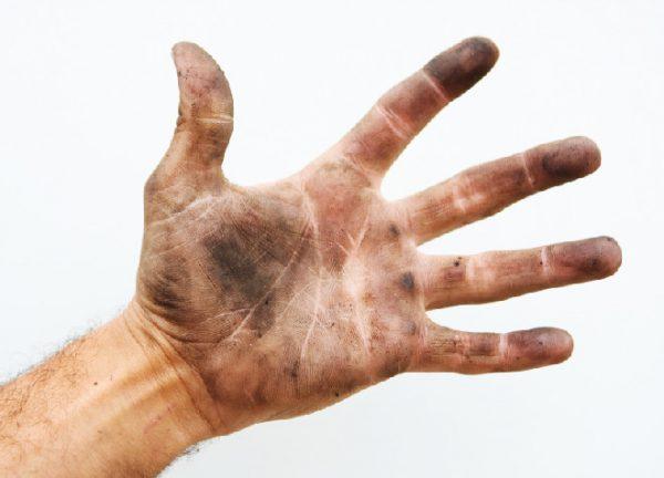 Чем отмыть краску от принтера с рук?