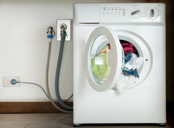 Когда нужен обратный клапан на стиральную машину