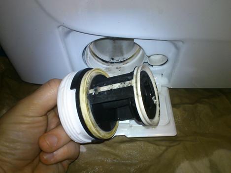 Процесс очистки стиральной машины: 3 шага