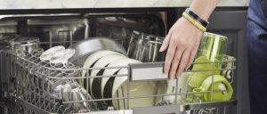 От чего налет на посуде после посудомойки